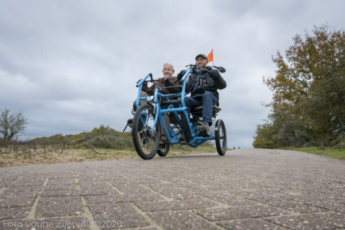 Theo Wesseling en Theo van den Berg – Fietsmaatjes