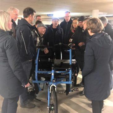 Introductie nieuwe duofiets en stalling bij Sportfondsen De Waterkanten in Lisse